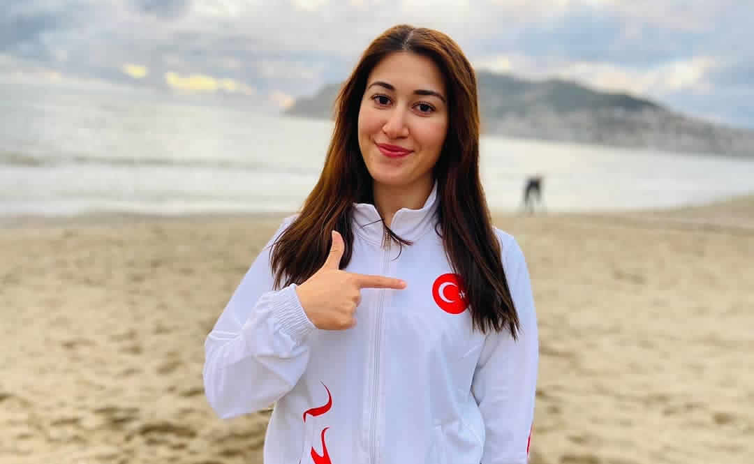 Buse Aygun – Turkish Cycling Athlete